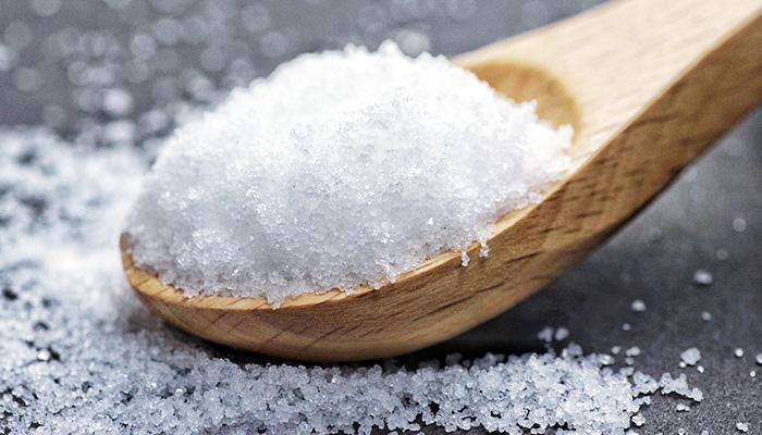ミネラル豊富な天日塩