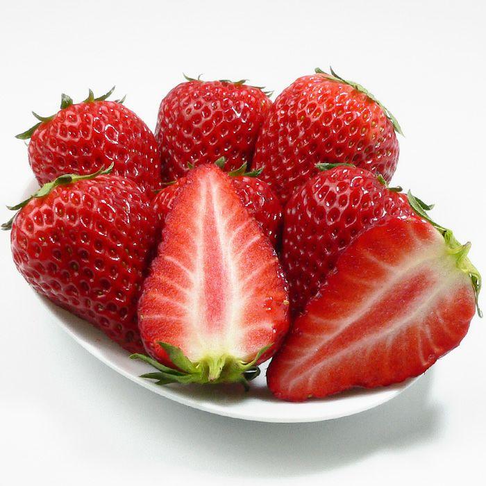 柴田さんちの中まで赤い朝摘みいちご「紅ほっぺ」2